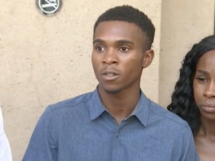 Dravon Ames and his family sues Phoenix police officers